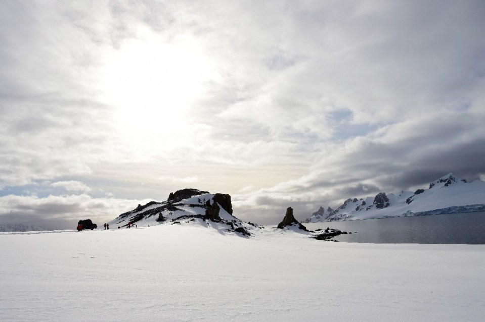 A former US Navy officer did not even remember losing his wallet while stationed in Anarctica in 1967 -- until some friendly strangers returned it to him in 2021 - Johan ORDONEZ / ©AFP