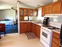 Cabin 10, Kitchen