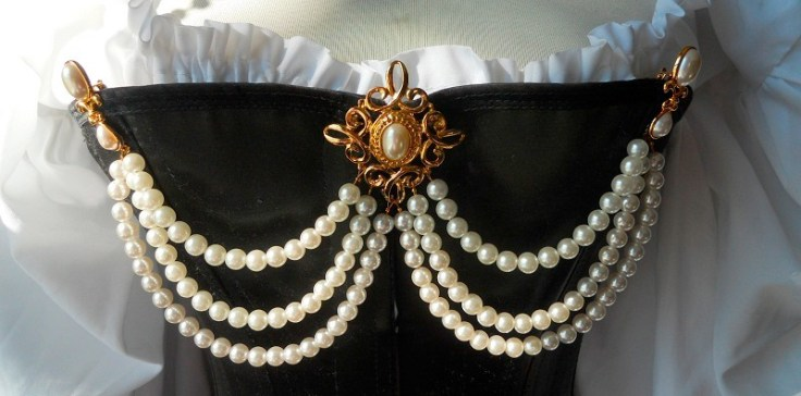 pearls-on-the-bodice