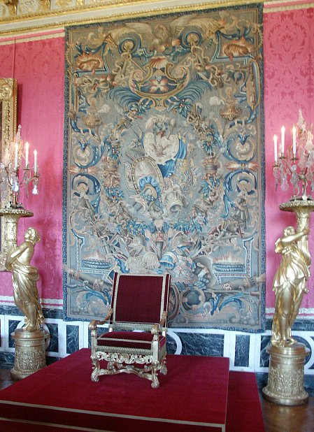 Images of King and Queens Bedrooms Palace of Versailles Versailles France