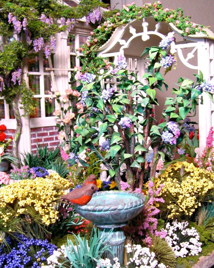dollhouse miniatures spring garden