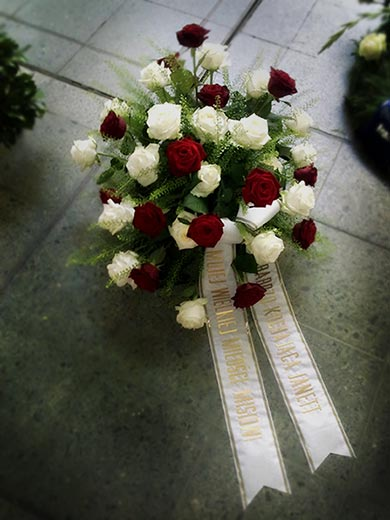 TrauerFloristik zuverlssig und dem Anlass entsprechend