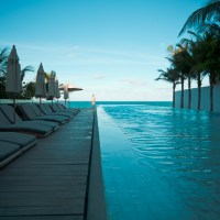 Infinity Pool - Isla Mujeres | Blurbomat.com