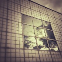 Window Clouds | Blurbomat.com