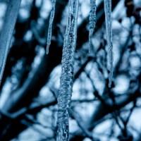 Icy Dark   Blurbomat.com