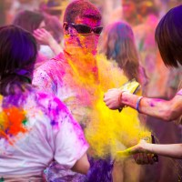 Yellow Cloud at Holi 2012 | Blurbomat.com