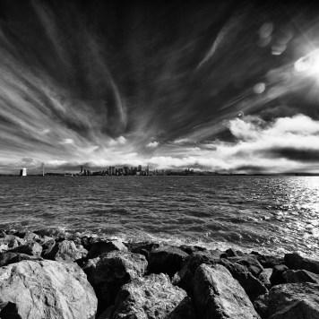 Oz Across the Bay | Blurbomat.com