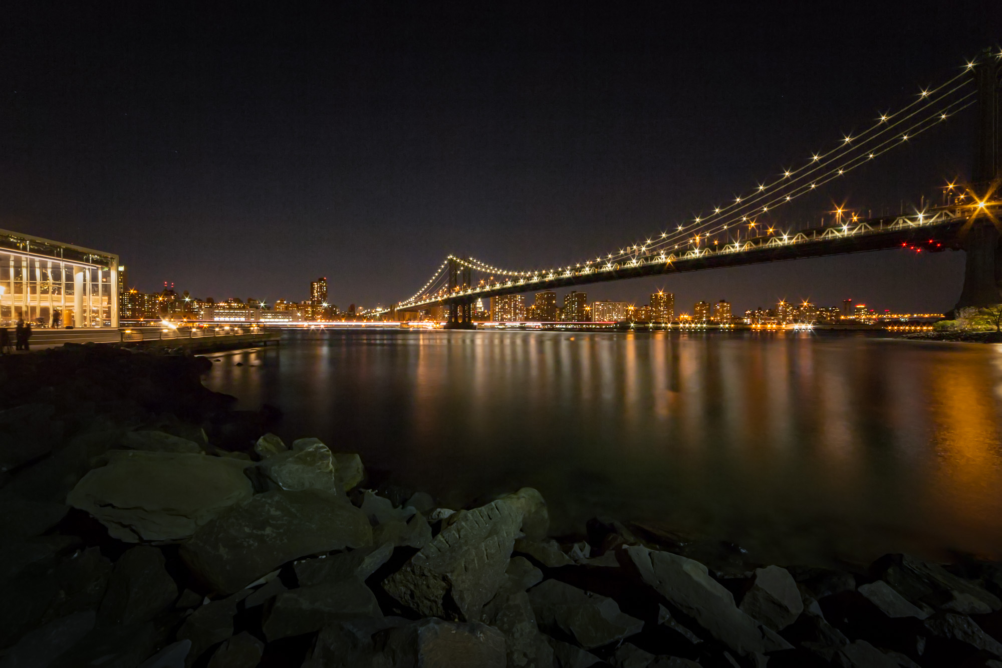 30 seconds Under the Manhattan Bridge