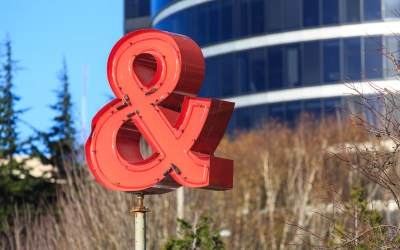 Ampersand (Red)
