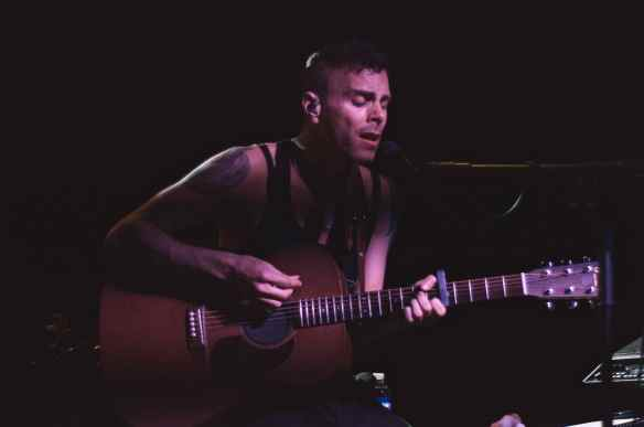 Asaf Avidan @ Teragram Ballroom 4/22/16. Photo by Isabelle Randolph for www.BlurredCulture.com.