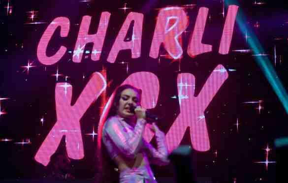 Charlie XCX at L.A. PRIDE 6/11/16. Photo by Derrick K. Lee, Esq. (@Methodman13)