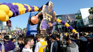 Fans gather outside Staples Center before Kobe Bryant of the Los Angeles Lakers play's in his final NBA game on April 13, 2016 in Los Angeles, California.  (Photo by Kevork Djansezian/Getty Images)