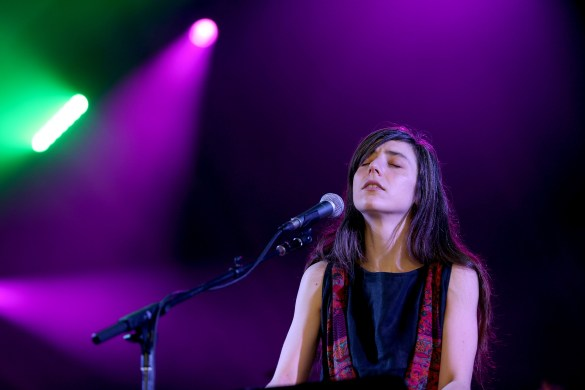 Julia Holter 8/28/16 @ Fuck Yeah Fest. Photo by Elli Papayanopolous for FYF Fest. Used With Permission By www.BlurredCulture.com.
