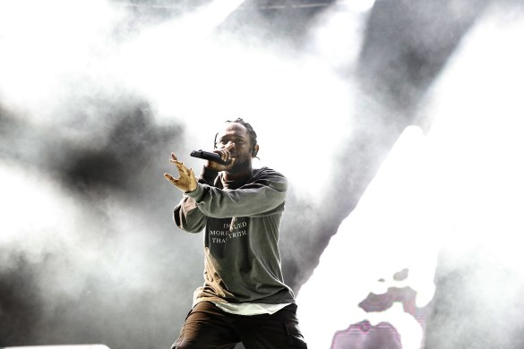 Kendrick Lamar 8/27/16 @ Fuck Yeah Fest. Photo by Tod Seelie for FYF Fest. Used With Permission By www.BlurredCulture.com.