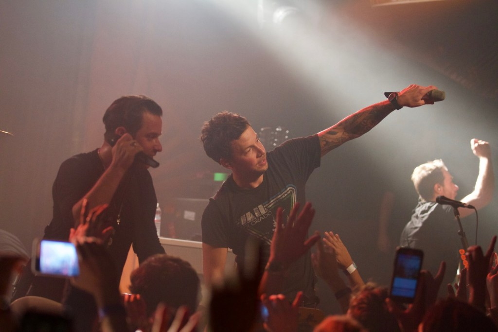 Simple Plan @ Troubadour 10/5/16. Photo by Derrick K. Lee, Esq. (@Methodman13) for www.BlurredCulture.com.