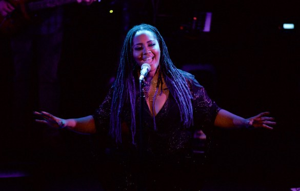 Lalah Hathaway & Friends @ Troubadour 2/10/17. Photo by Derrick K. Lee, Esq.(@Methodman13) for www.BlurredCulture.com.
