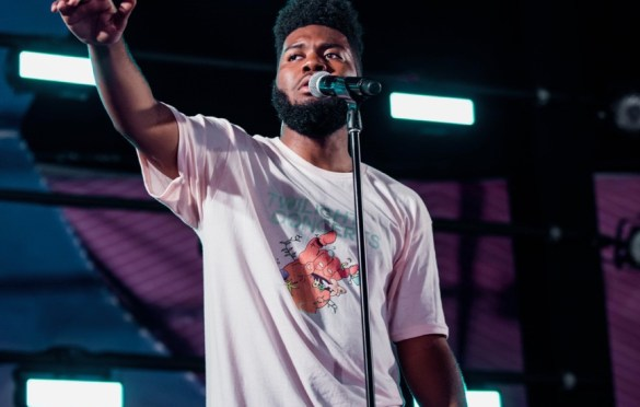 Khalid at Santa Monica Pier's Twilight Concert 6/22/17. Photo by Justin James (@JustnJames_) for www.BlurredCulture.com.