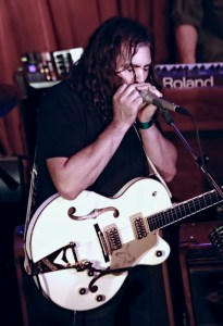 The War On Drugs @ KCRW'S Apogee Sessions 8/5/17. Photo by Larry Hirshowitz. Courtesy of KCRW. Used with permission.