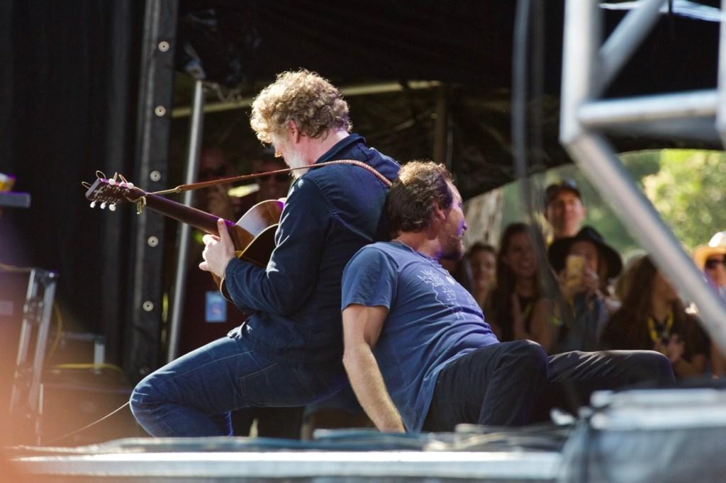 Glen Hansard & Eddie Vedder @ The Ohana Fest 9/9/17. Photo by Derrick K. Lee, Esq. (@Methodman13) for www.BlurredCulture.com.