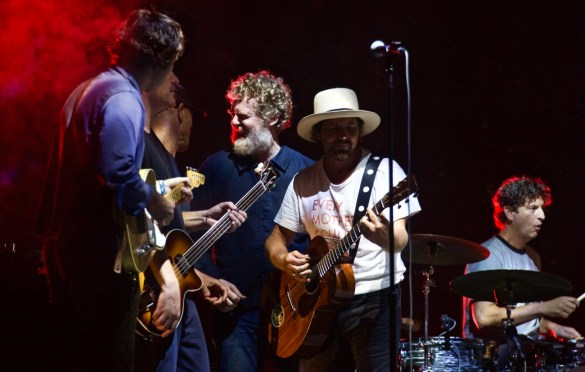Glen Hansard & Eddie Vedder w/ Jack Johnson @ The Ohana Fest 9/10/17. Photo by Derrick K. Lee, Esq. (@Methodman13) for www.BlurredCulture.com.
