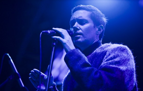 Rhye at Music Tastes Good 2017 10/1/17. Photo by Derrick K. Lee, Esq. (@Methodman13) for www.BlurredCulture.com.