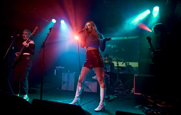The Aquadolls @ The Echo 11/25/17. Photo by Derrick K. Lee, Esq. (@Methodman13) for www.BlurredCulture.com.