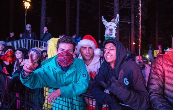 Atmosphere @ SnowGlobe 2017. Photo by Ghanee Ludin (@GhaneePhoto) for www.BlurredCulture.com.
