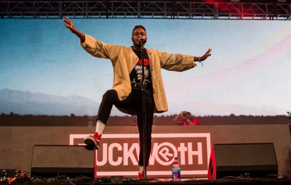 Duckwrth  @ Rolling Loud SoCal 2017. Photo by Markie Escalante (@Markie818) for www.BlurredCulture.com.