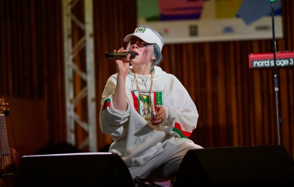 Billie Eilish @ Central Presbyterian Church for SXSW 3/14/18. Photo by Derrick K. Lee, Esq. (@Methodman13) for www.BlurredCulture.com.