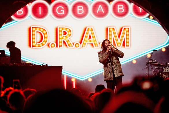 DRAM @ Air + Style 3/3/18. Photo courtesy of Air + Style. Used with permission.