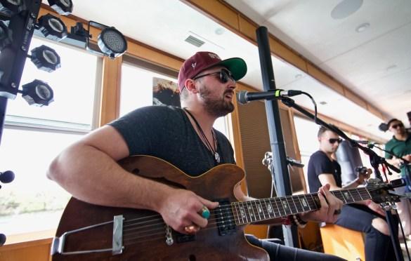 Truett on Jamie Kent's New Nashville Riverboat Showcase during SXSW 3/16/18. Photo by Derrick K. Lee, Esq. (@Methodman13) for www.BlurredCulture.com.
