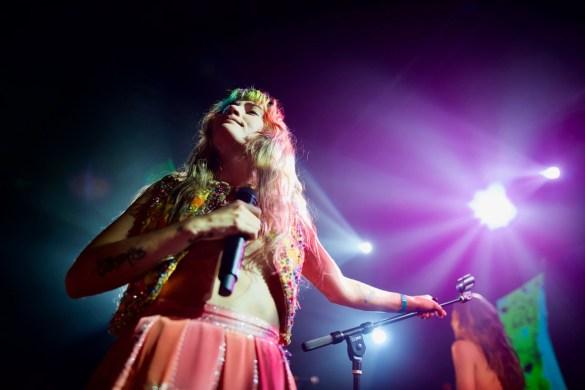 Lauren Ruth Ward @ The Troubadour 3/29/18. Photo by Derrick K. Lee, Esq. (@Methodman13) for www.BlurredCulture.com.