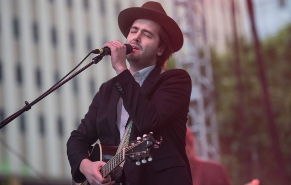Lord Huron @ Old 97's County Fair 4/14/18. Photo by Vivian Wang (@Lithophyte) for www.BlurredCulture.com.