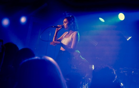 Charlotte Lawrence @ The Moroccan Lounge 6/19/18. Photo by Rachel Ann Cauilan (@Rachelcansea) for www.BlurredCulture.com.