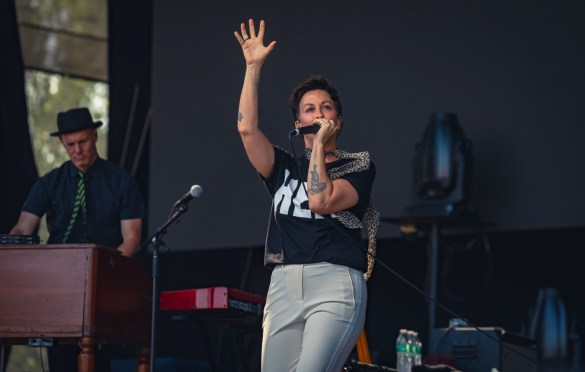 Alanis Morissette @ Arroyo Seco Weekend 6/24/18. Photo courtesy of Goldenvoice. Used with permission.