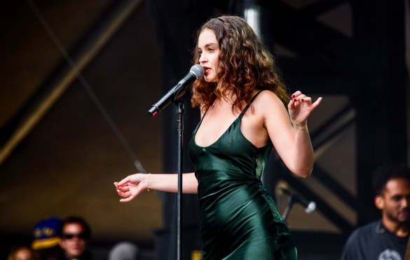 Sabrina Claudio @ Outside Lands Music And Arts Festival 8/12/18. Photo by Derrick K. Lee, Esq. (@Methodman13) for www.BlurredCulture.com.