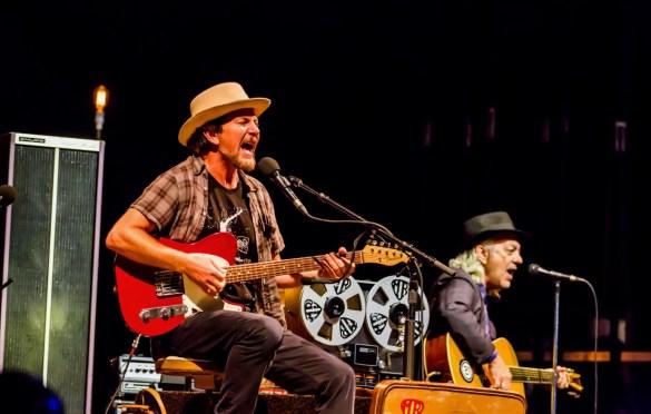Eddie Vedder @ The Ohana Fest 9/29/18. Photo by Derrick K. Lee, Esq. (@Methodman13) for www.BlurredCulture.com.