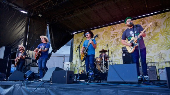 The Wild Feathers @ The Ohana Fest 9/30/18. Photo by Derrick K. Lee, Esq. (@Methodman13) for www.BlurredCulture.com.