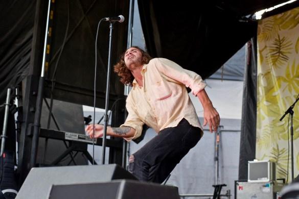 Allan Rayman @ The Ohana Fest 9/30/18. Photo by Derrick K. Lee, Esq. (@Methodman13) for www.BlurredCulture.com.