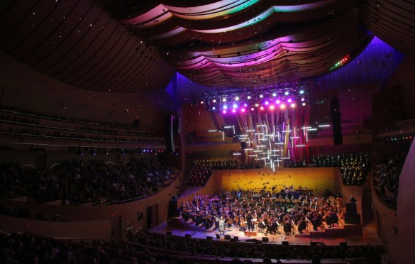 Walt Disney Concert Hall Opening Night Gala 9/27/18. Photo by Craig T. Mathew and Greg Grudt/Mathew Imaging (@mathewimaging). Courtesy of L.A. Phil. Used with permission.