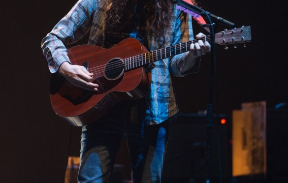 Kurt Vile @ The Wiltern 12/11/18. Photo by Sonya Singh (@Sonyacansingh) for www.BlurredCulture.com.