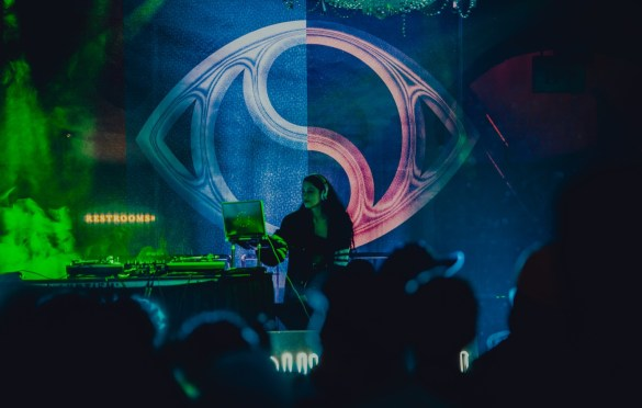 Sahar for Soulection Experience @ The Shrine Auditorium 2/2/19.  Photo by Summer Dos Santos (@SummerDosSantos) for www.BlurredCulture.com.