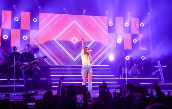 Maren Morris @ The Wiltern Hollywood 3/29/19. Photo by Betsy Martinez (@BetsyMartinezPhotography) for www.BlurredCulture.com.