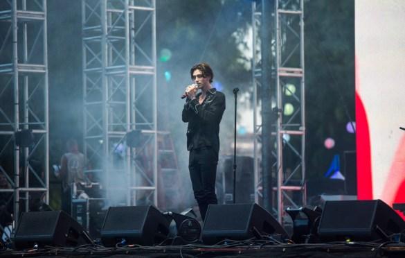 Greyson Chance @ LA! Pride 6/9/19. Photo by Derrick K. Lee, Esq. (@Methodman13) for www.BlurredCulture.com.