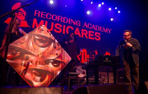 VYAL & Tom Arnold, Above Ground @ Fonda Theatre 9/16/19. Photo by Derrick K. Lee, Esq. (@Methodman13) for www.BlurredCulture.com.