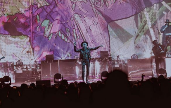 Beck @ Darien Center 8/13/19. Photo by Jackson Fleming (@JacksonHFleming) for www.BlurredCulture.com.