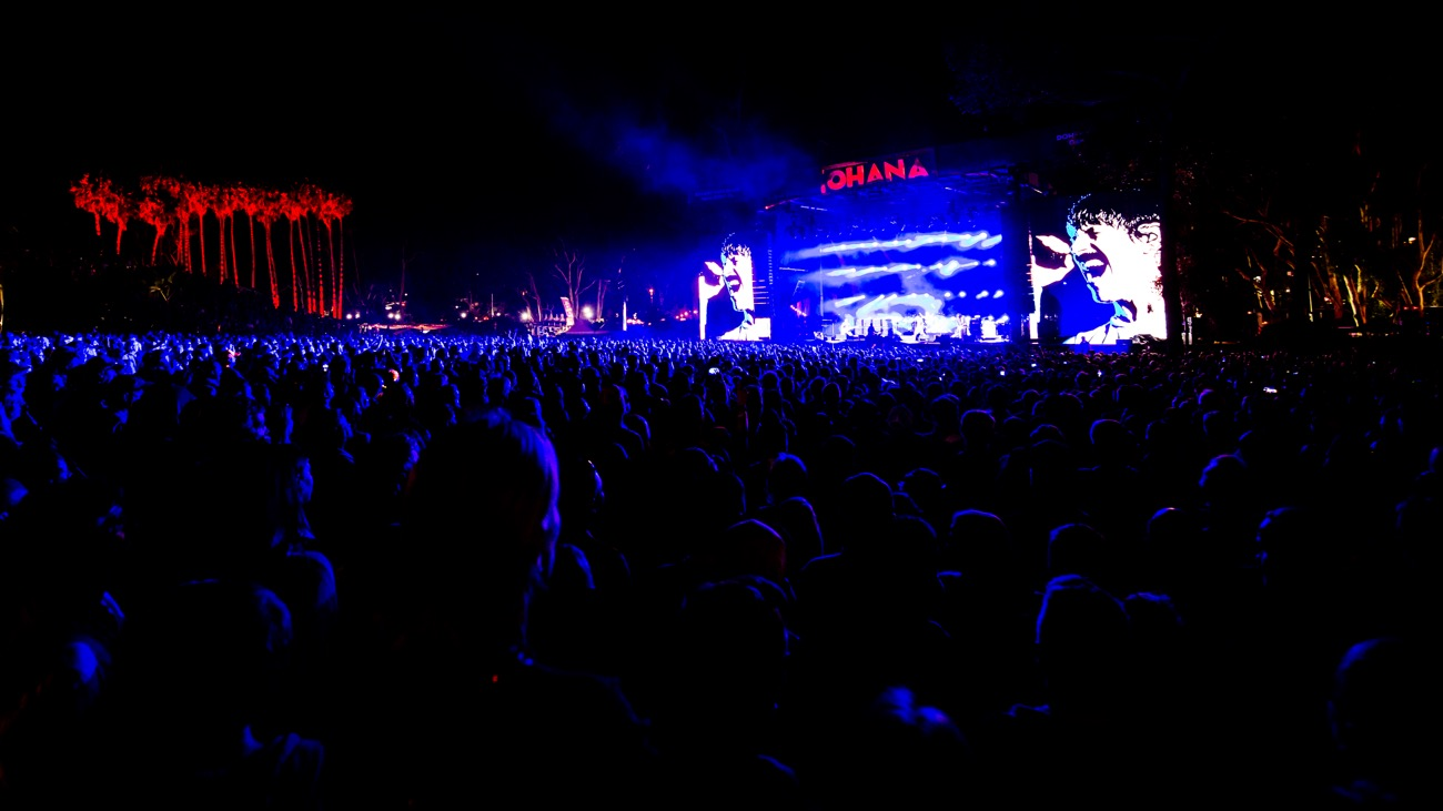 Red Hot Chili Peppers @ The Ohana Fest 9/29/19. Photo by Derrick K. Lee, Esq. (@Methodman13) for www.BlurredCulture.com.