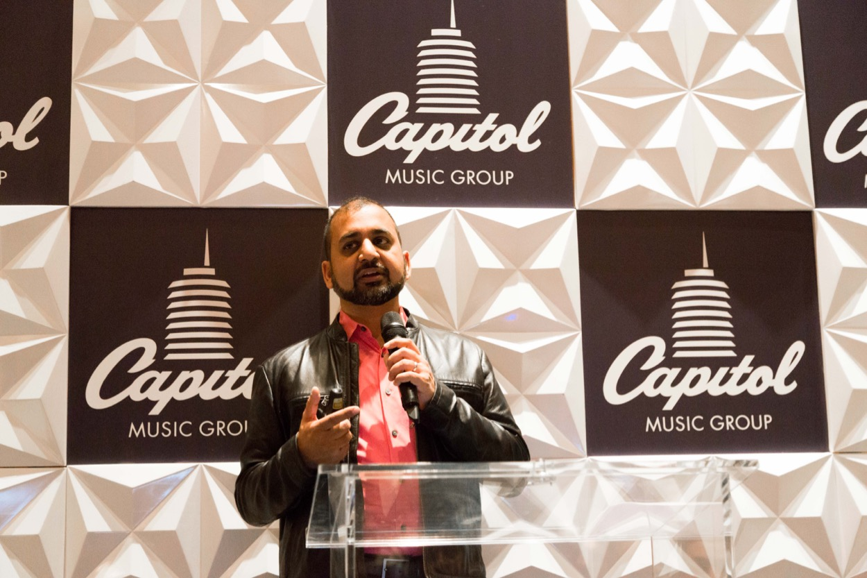 Anil Dash at Capitol Royale @ Capitol Records 11/16/19. Photo by Amber Sterling. Used with permission.