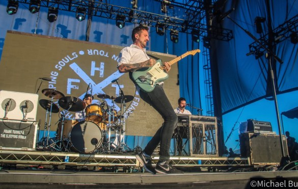 Frank Turner @ FivePoint Amphitheatre 10/26/19. Photo by Michael Bunuan. (@Michael_Bunuan_Photogrpahy) for www.BlurredCulture.com.