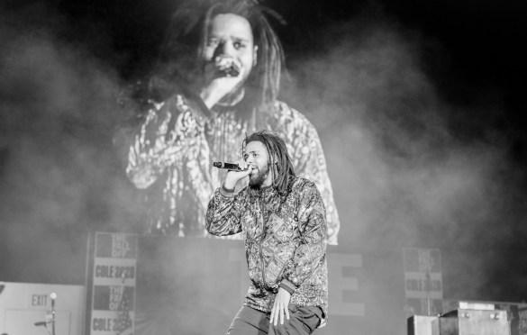 J. Cole @ Day N Vegas 11/1/19. Photo by Ian Zamorano (@ChamoIsDead) for www.BlurredCulture.com.